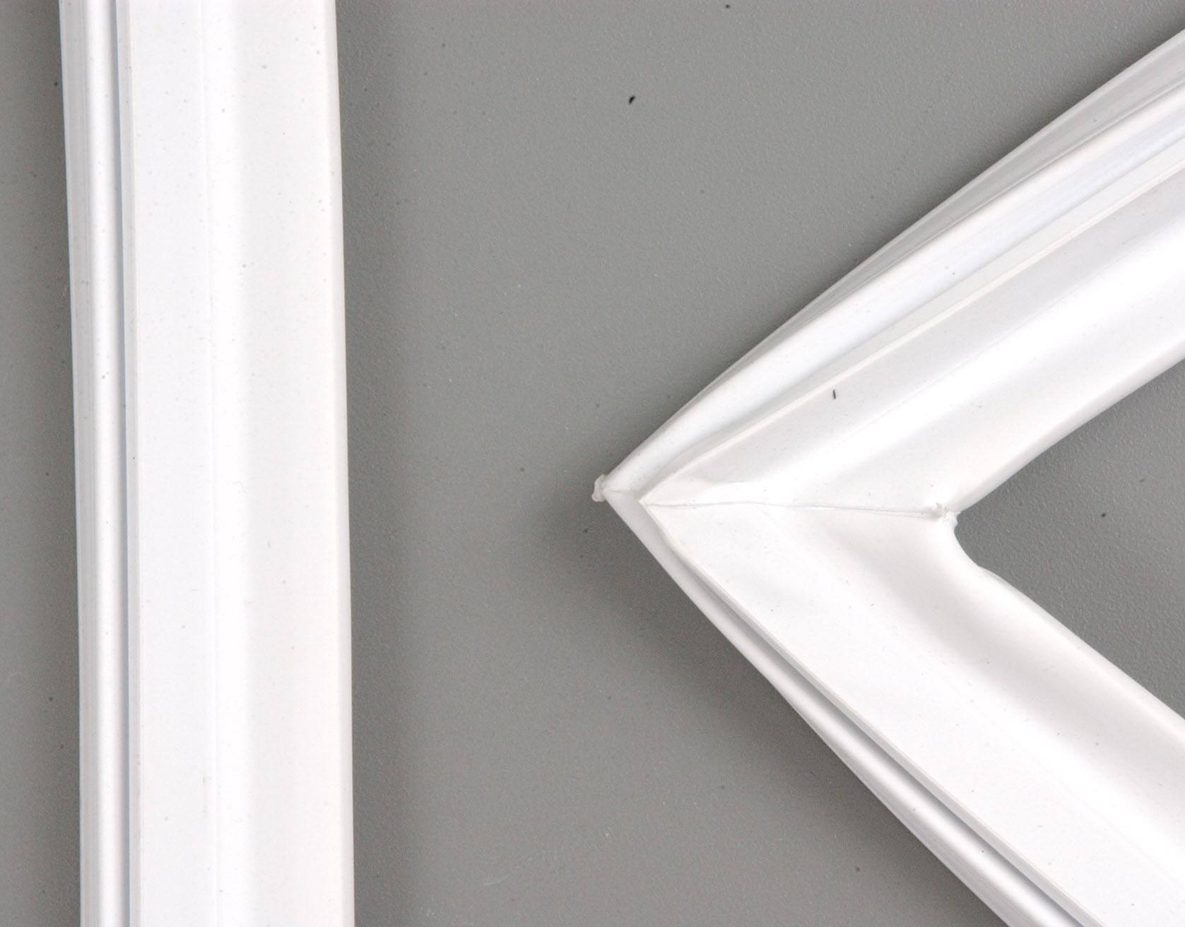 Amana Refrigerator Part # WP4357099 - Door Gasket