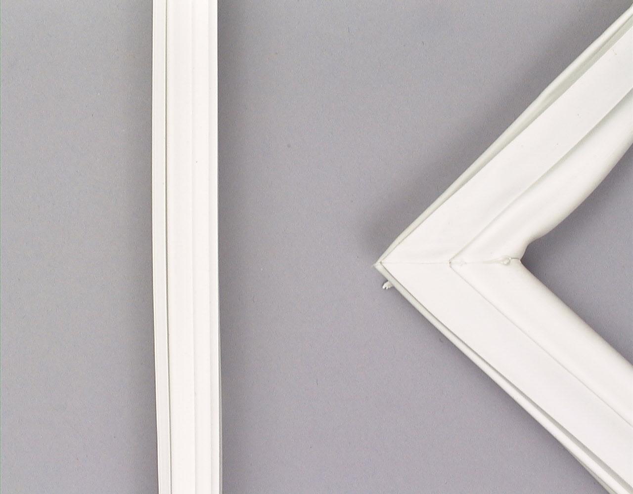Westinghouse Refrigerator Part # 2188433A - Door Gasket
