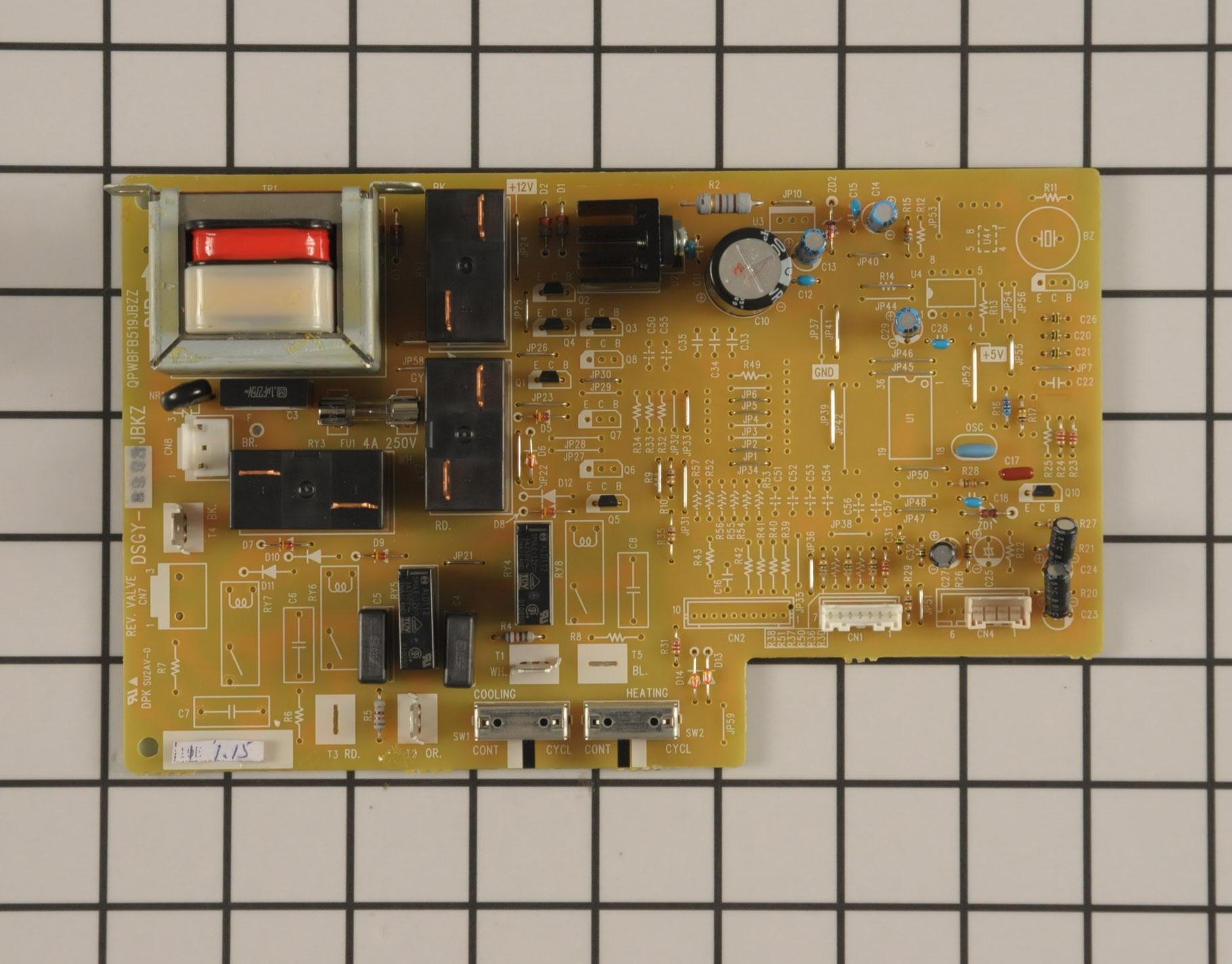 GE Air Conditioner Part # WJ28X10049 - Main Control Board