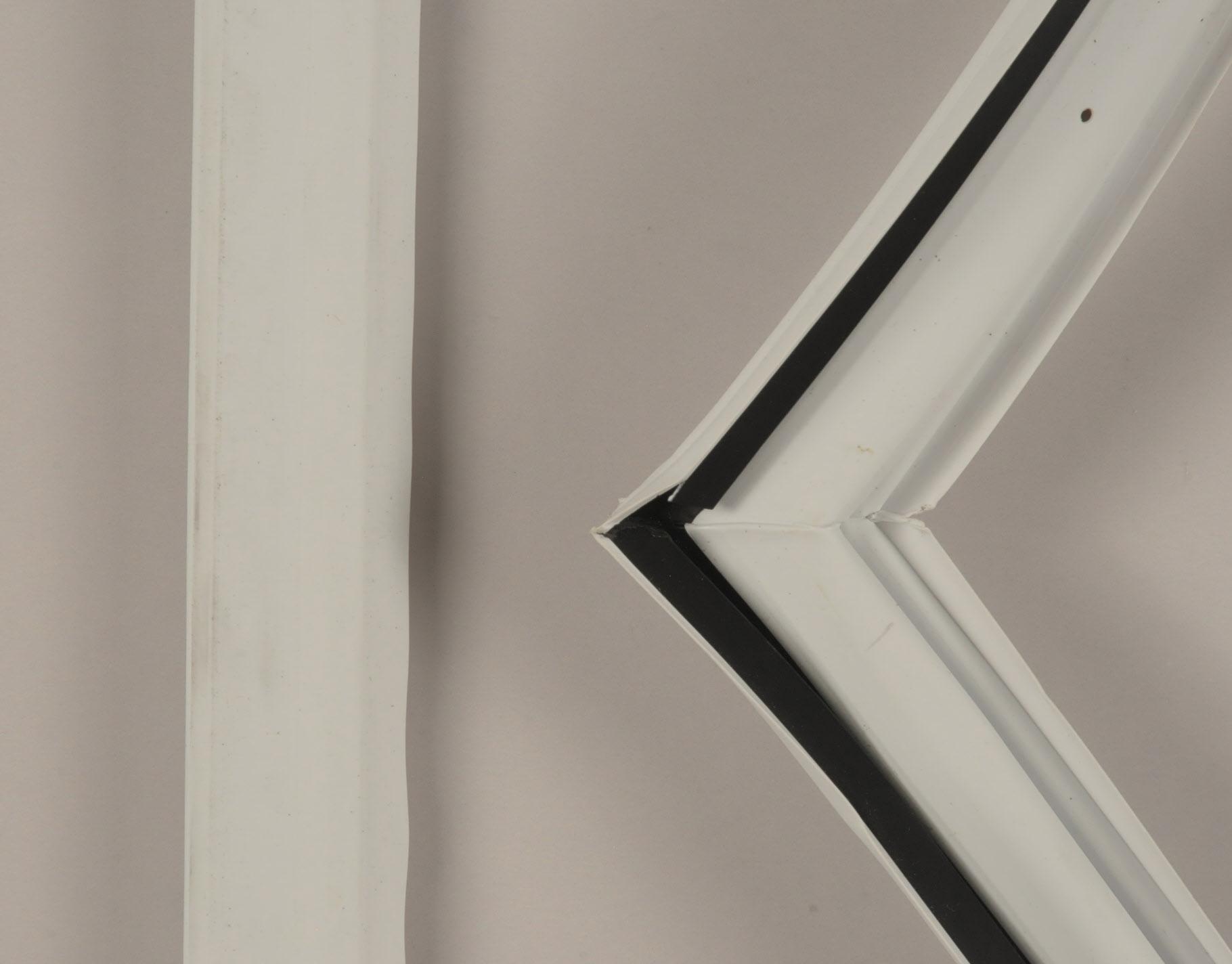 Whirlpool Refrigerator Part # WP2266905 - Door Gasket